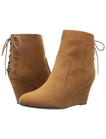 6b5f6d8a72fa Shop Women s 6pm Wedges up to 80% Off
