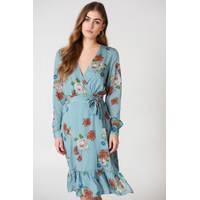 Women's NA-KD Long-sleeve Dresses